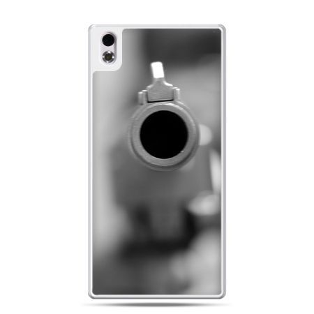 HTC Desire 816 etui na celowniku