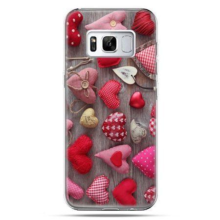 Etui na telefon Samsung Galaxy S8 - pluszowe serduszka