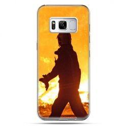 Etui na telefon Samsung Galaxy S8 Plus - strażak w ogniu